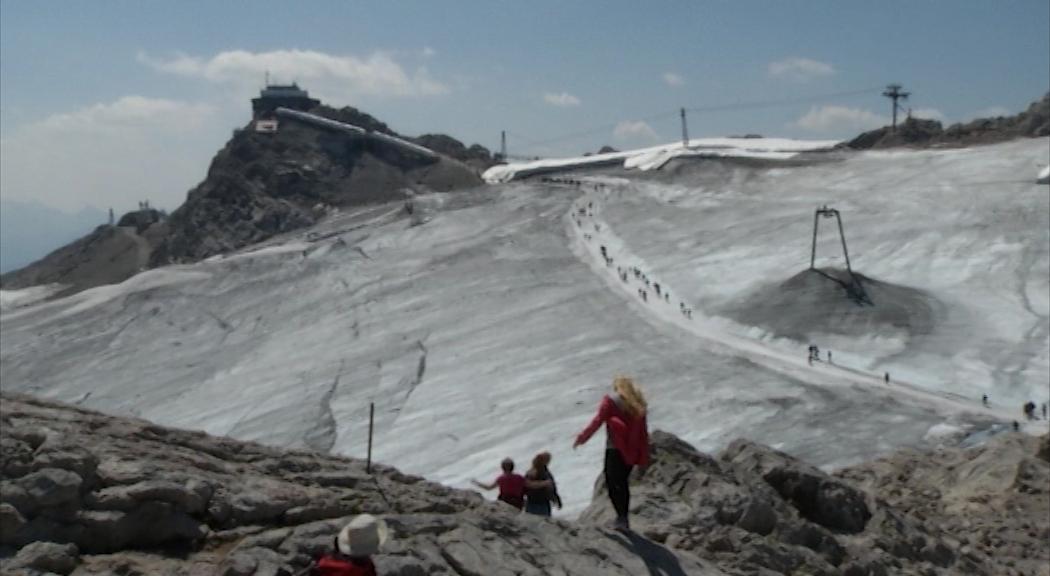 Dachsteingletscher Schmilzt Klimaerwarmung Als Auslose Lt 1 Oo